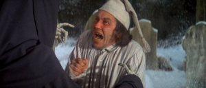 Albert Finney som Scrooge