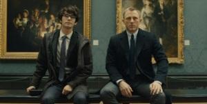 """Många nya karaktärer introduceras i filmen. Här den """"nye"""" Q."""