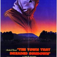 The Town that dreaded sundown (2014 USA)