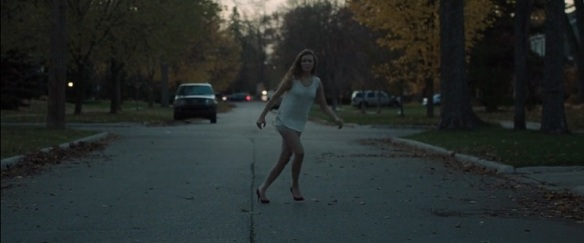 it-follows-2014-high-heels-beginning